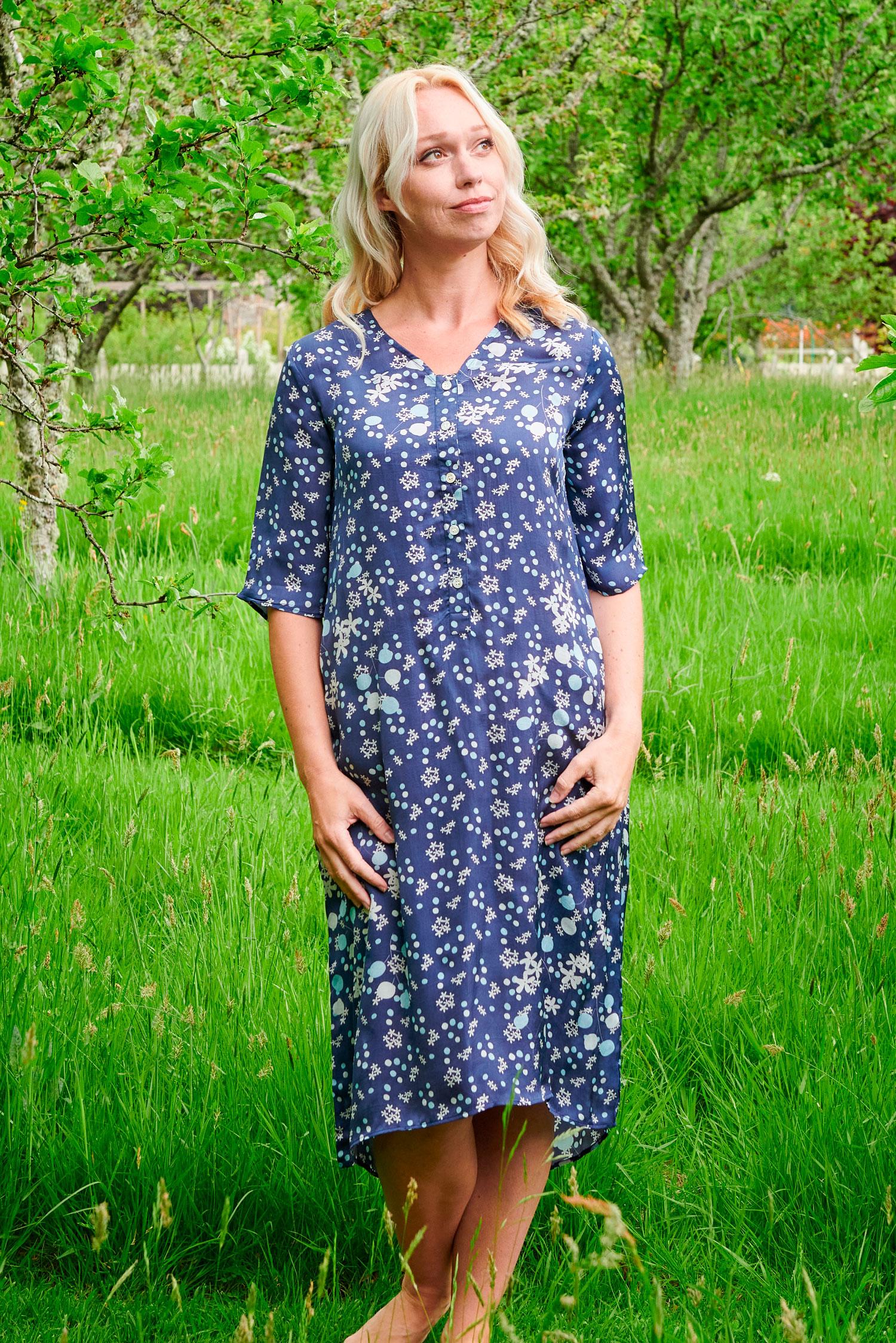 Cassia Dress in Navy Jasmine